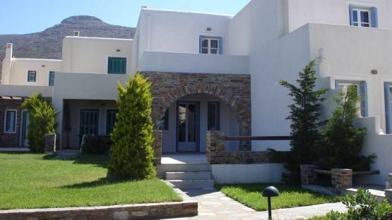 Garden Agios Petros